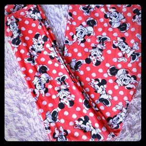Lula Roe Minnie Mouse Leggings